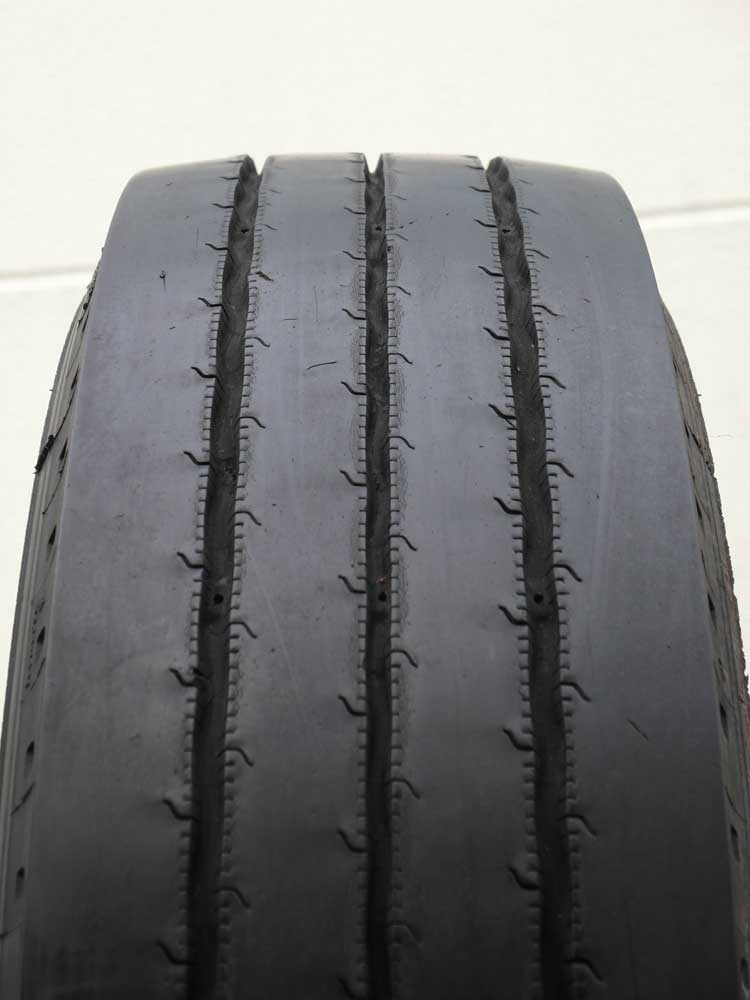 Anh�nger 245/70 R 19.5